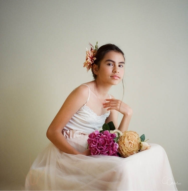 Film photography - mediumformat - coracoronel | ello