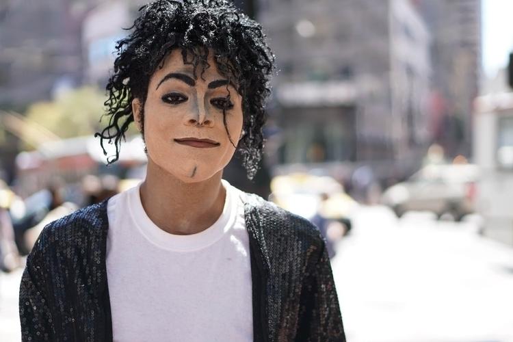 Michael Jackson regular perform - daisychinaski | ello