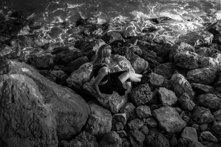 water sings stones - adinailie | ello