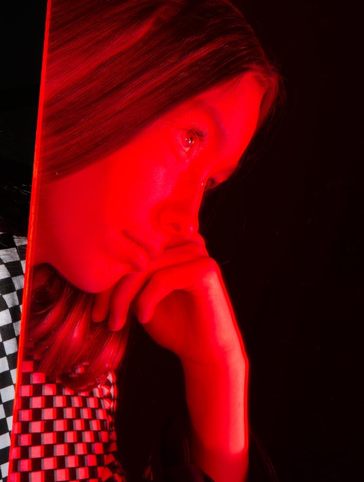 Red Reflection Stylist: Maggie  - justinatkins | ello