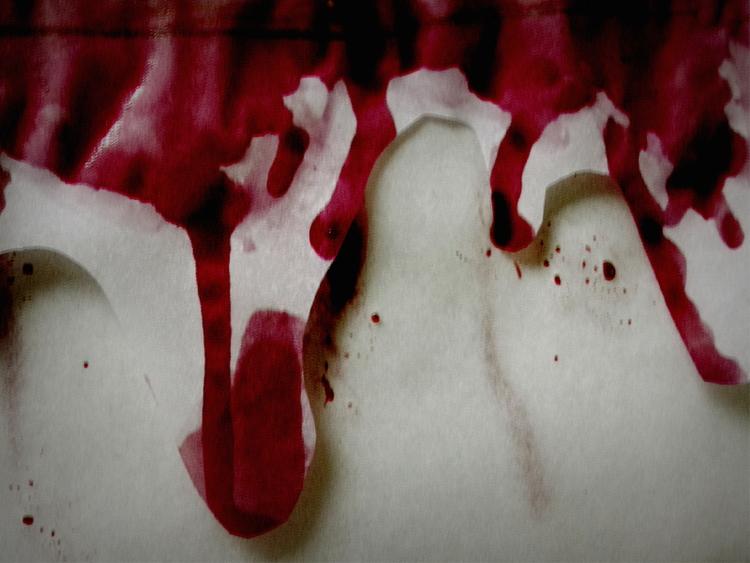 Bleed. (Collaboration BAN - photo - dispel   ello