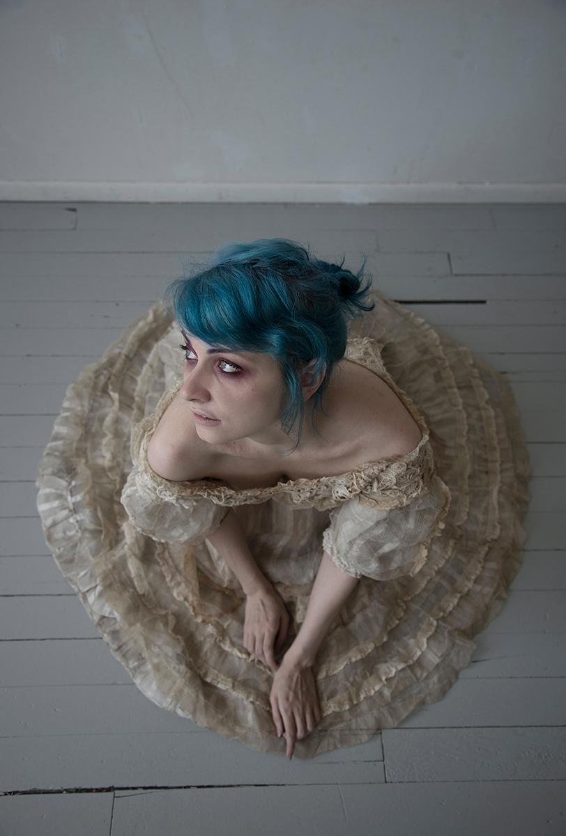 """Compose"" — Photographer:Saman - darkbeautymag | ello"