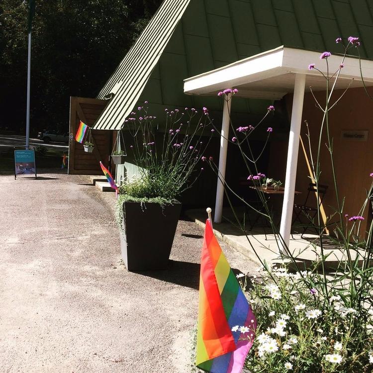 Stockholm Pride! Anna Israelson - skogskyrkogardar | ello