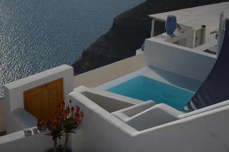 Santorini heart - niniste | ello