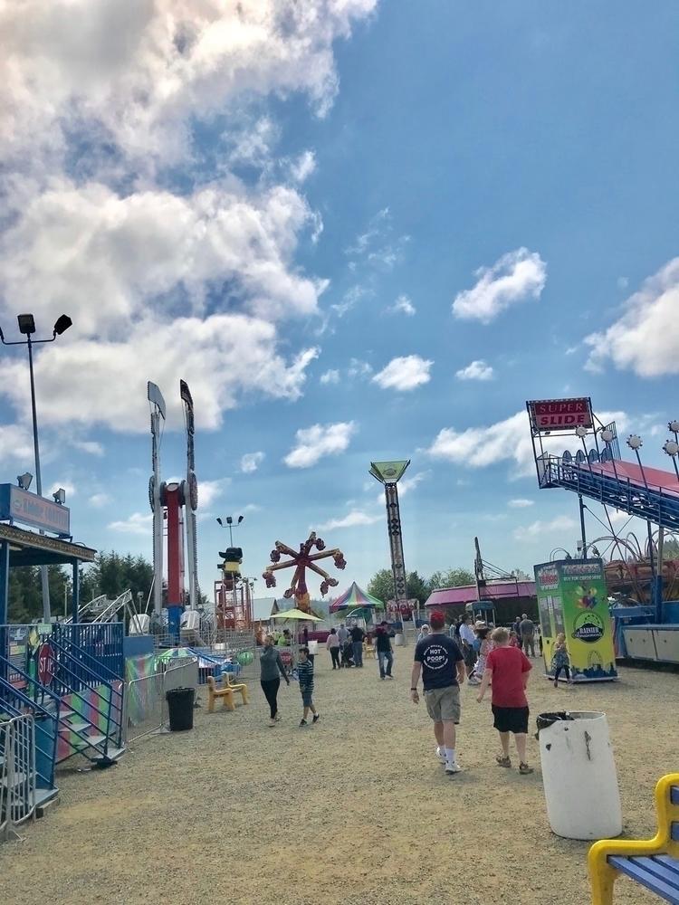 Clatsop County Fair Fun - astoria - leapingbluehare | ello