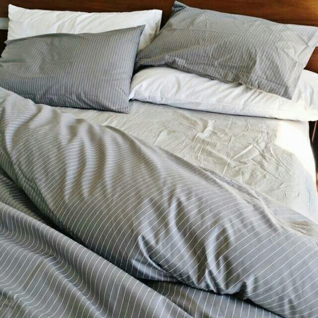 Lazy Sundays bed Pinstripe Ston - thegoodsheet | ello