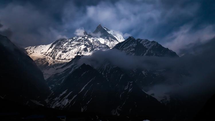 **MBC, Nepal** view Machapuchar - papa_delta | ello