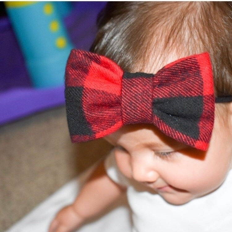 Buffalo Plaid Bow. :heart_eyes - dukeandduchessboutique | ello