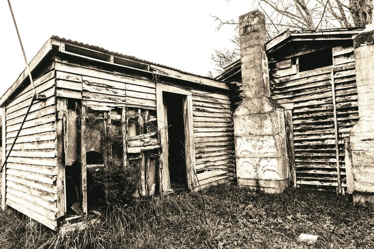 shed - blackandwhite, canon5d, canonnz - deanmcleod   ello
