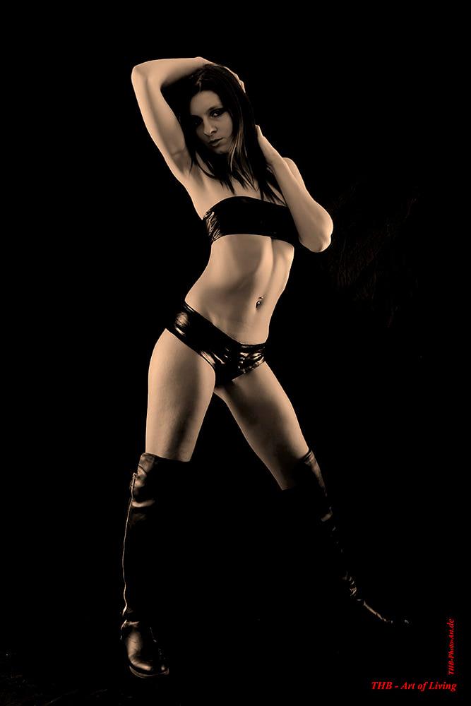 dancer - agentur67, samshamrock - agentur67 | ello