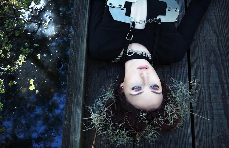 Photographer:Aliona Kuznetsova - darkbeautymag | ello