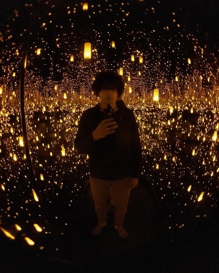 yayoikusama, artshow, lanterns - hippiejoe | ello