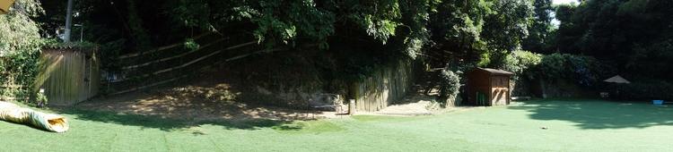 Dog run field (Ikoma-san - qui-ou-la | ello