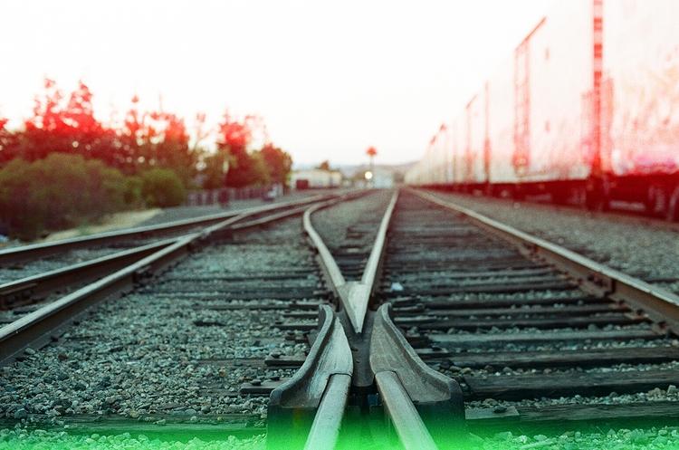 rails, psychedelicbluesfilm, nikonf3 - teetonka | ello