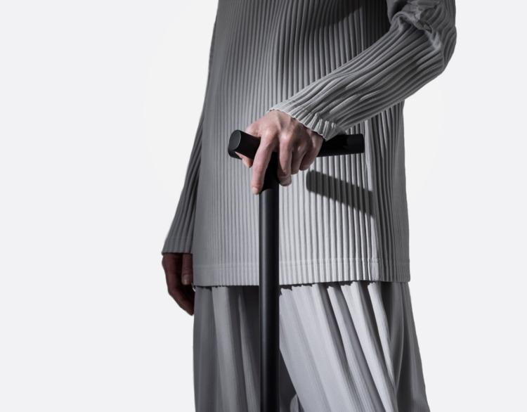 Design: Vincenzo Reale Arup - minimalist | ello