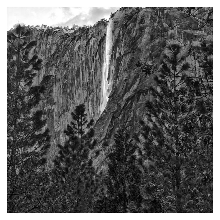 El Capitán Waterfall, Yosemite  - guillermoalvarez | ello