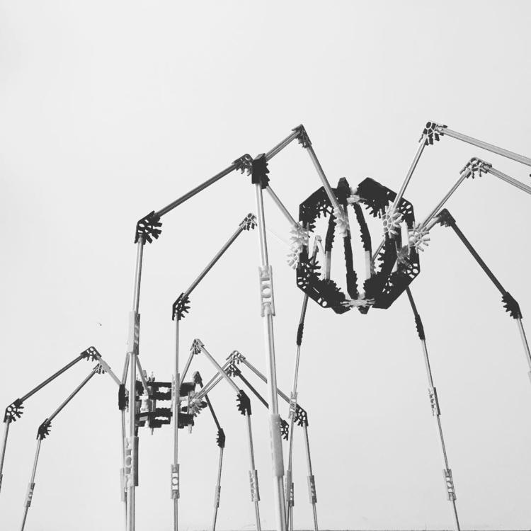 spiders, arachnophobia, robots - dorian_gray | ello