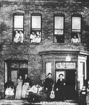life - street, Victorian - victorianchap | ello