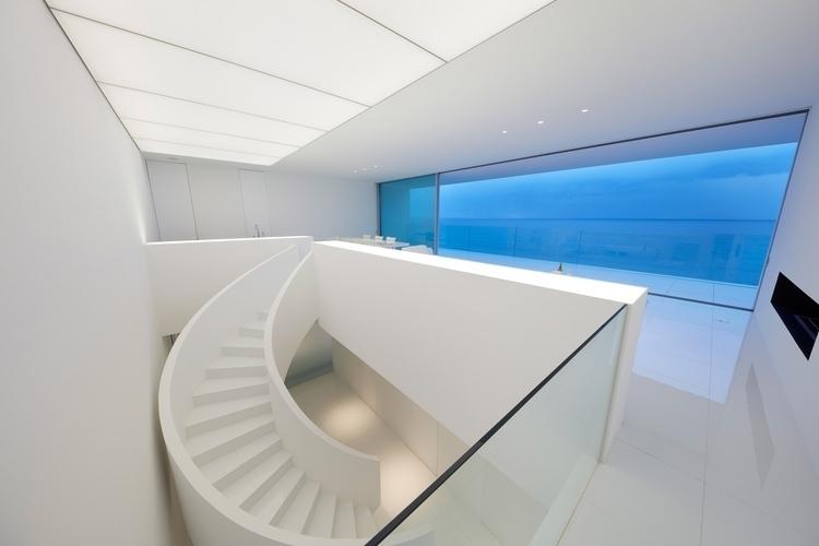 Design: Shinichi Ogawa Associat - minimalist | ello