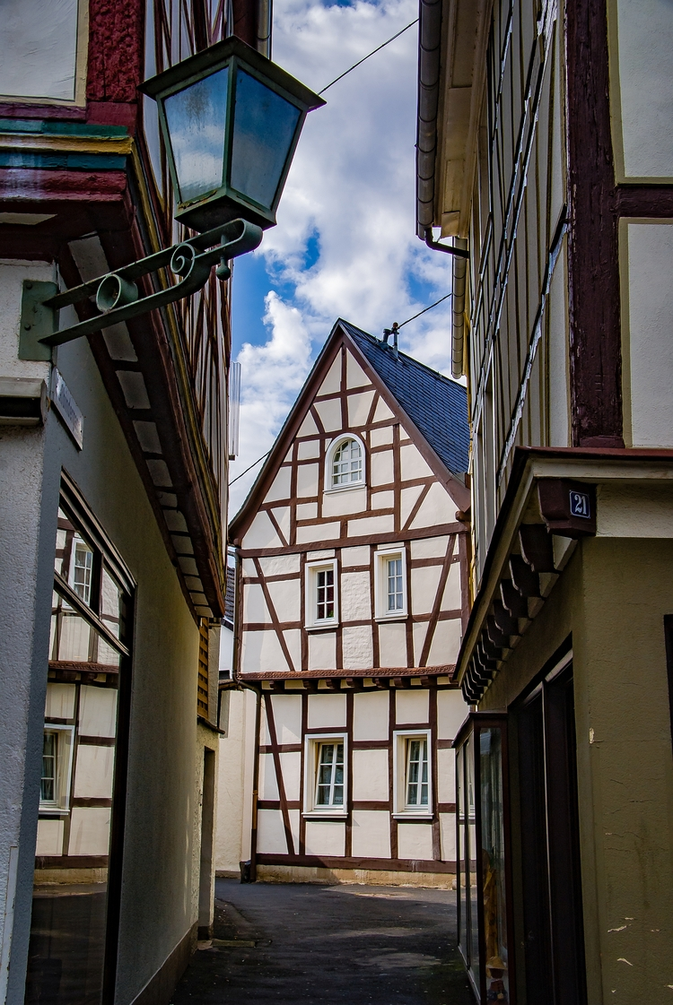 Small streets medieval City Lin - siegbertpinger   ello