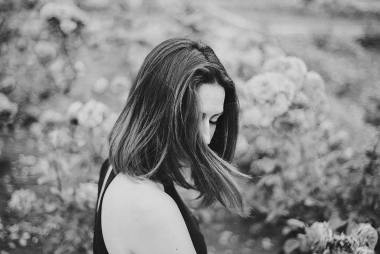 · Ana - portrait, girl, bw, photography - mariajuarez | ello