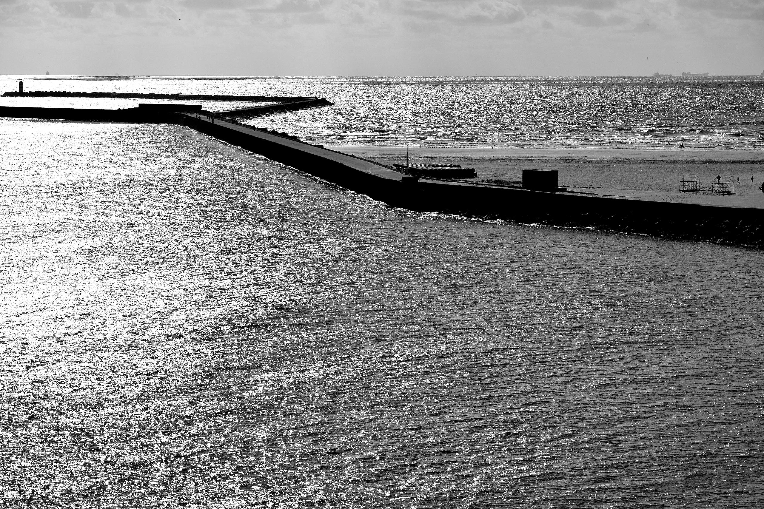 Departure harbour IJmuiden (NL - faest0   ello