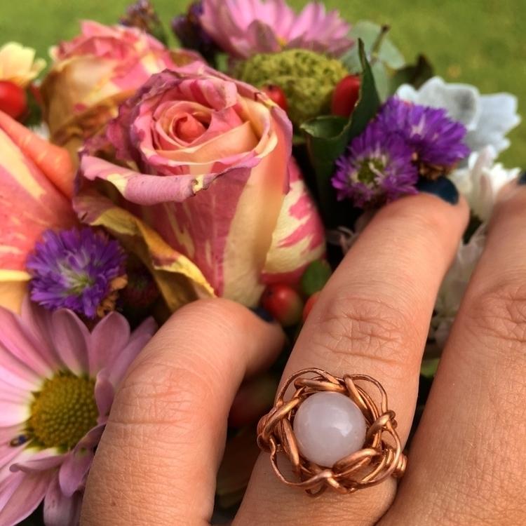 :sparkles::tulip:Copper Rose Qu - emmyeffdesigns | ello