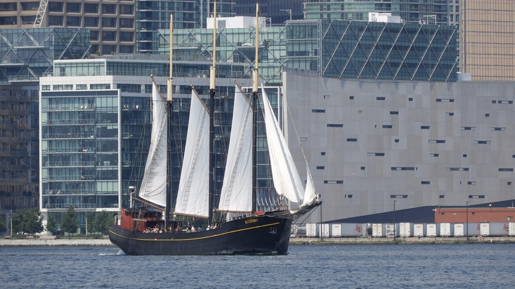 Tall Ship Kajama Toronto Island - koutayba | ello