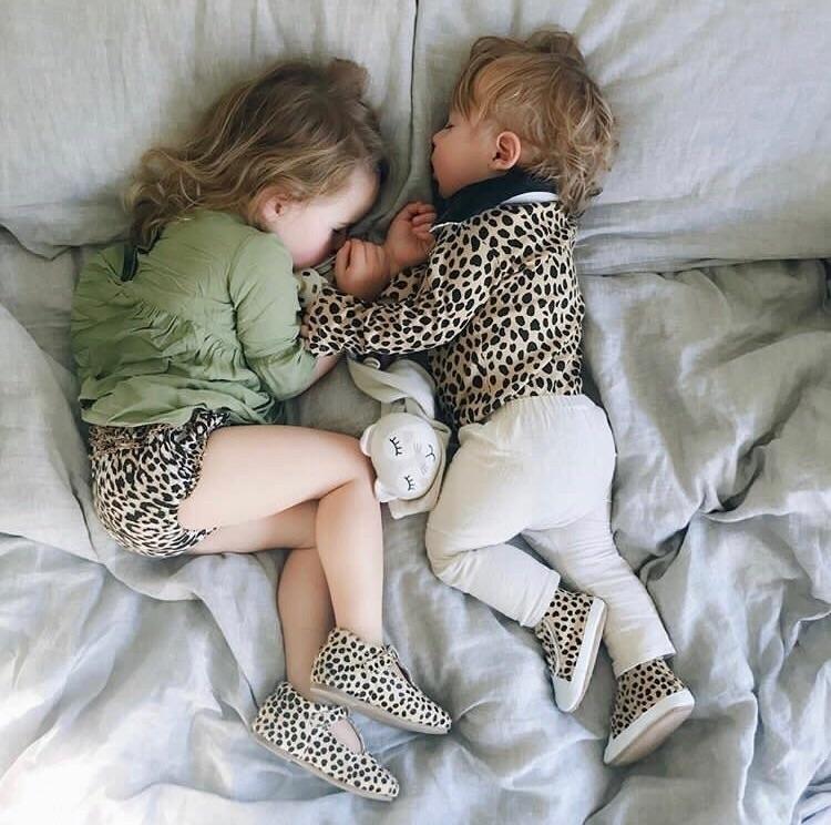 Sleepy spots - tikitot | ello