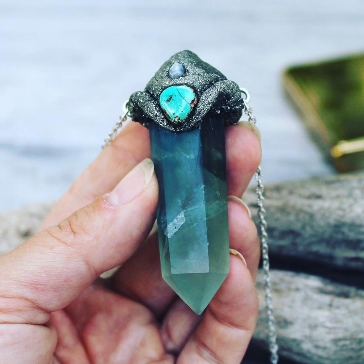 Fluorite, turquoise moonstone - gemstones - mermaidtearshawaii   ello