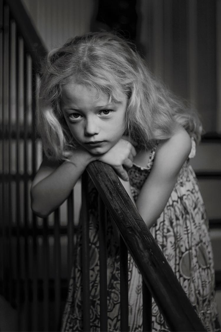met annah holidays. sweet girl  - allonsnousaimer | ello