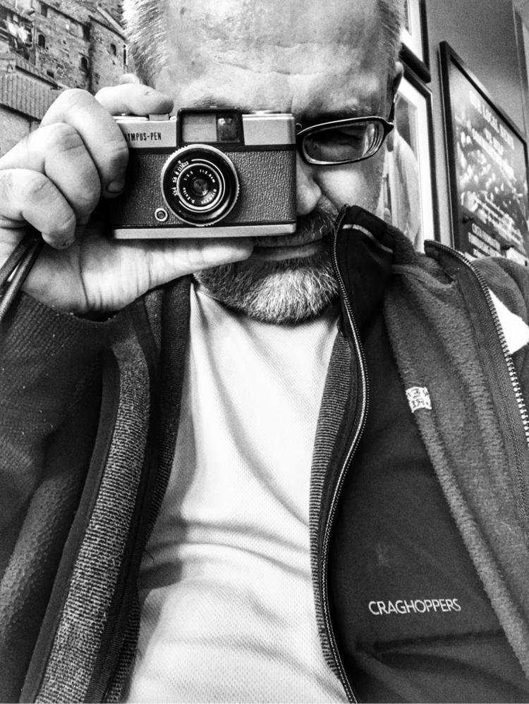 iPhone Selfie Olympus Pen - iphone - paulbines   ello
