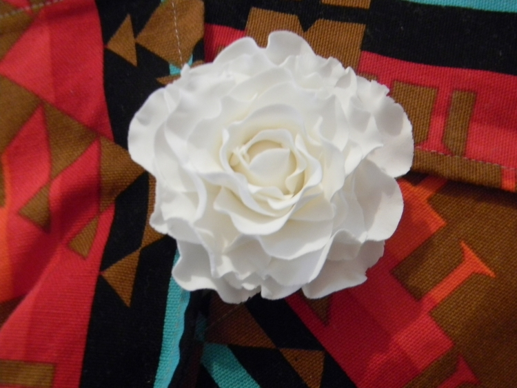 love extra frilly roses. lively - psflowers1   ello