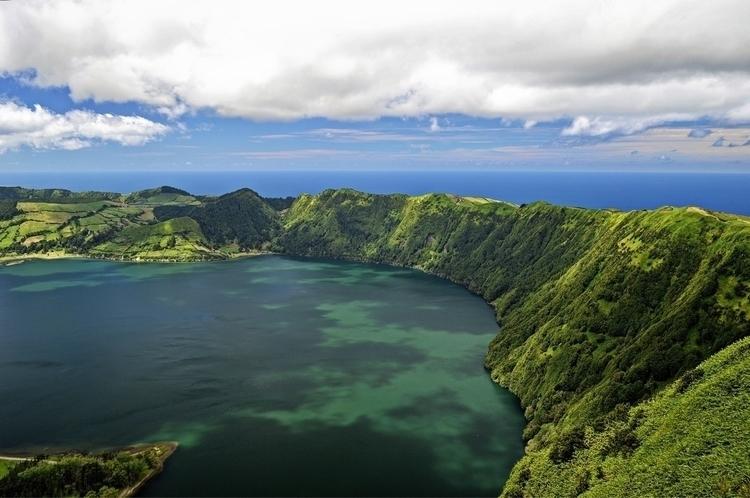 Açores Lagoa das Sete Cidades,  - andreameli | ello