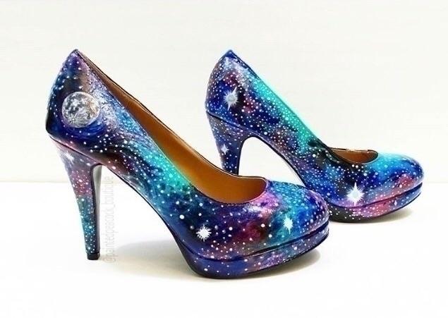 Custom painted :sparkle::sparkl - paintedpeacock_boutique | ello