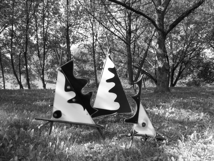 Black white triangles Photos - blackandwhite - matyjaszewski | ello