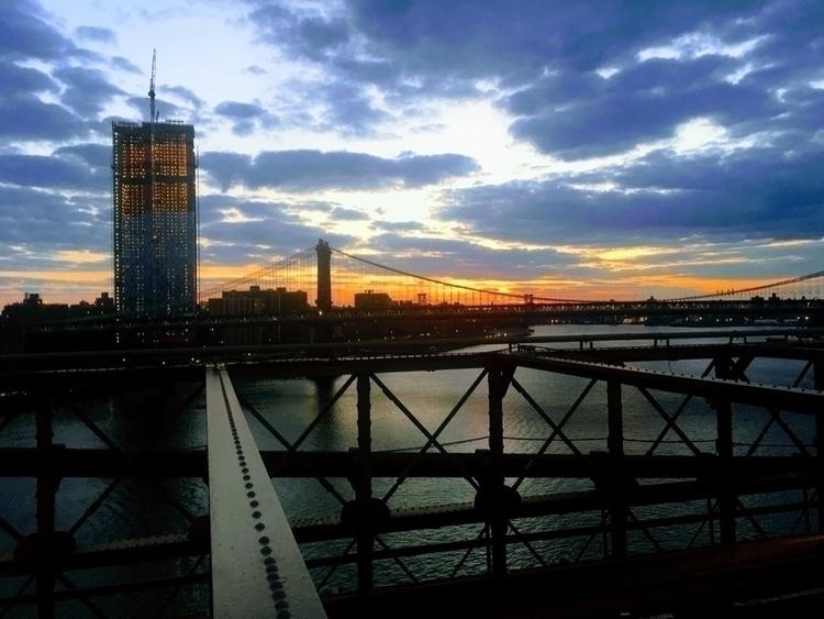 Good morning NYC - Brooklynbridge - boymbe | ello