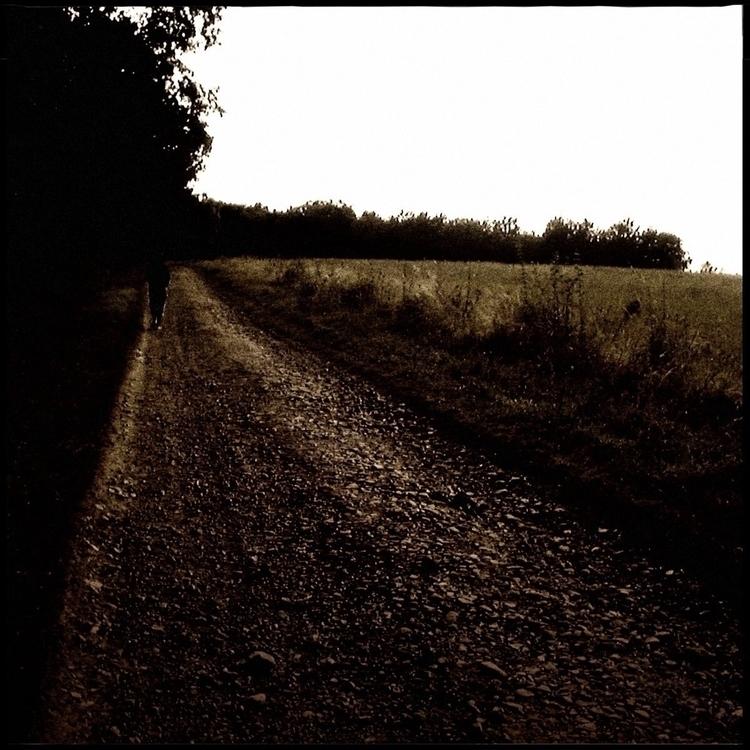 Simon walk countryside - 30. - danhayon | ello