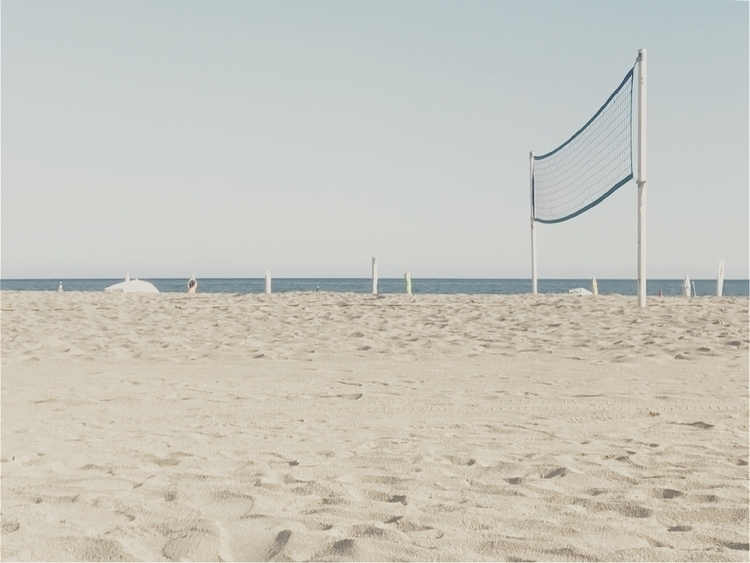 Empty - beach, nature, summer, summertime - katriannapandeli | ello