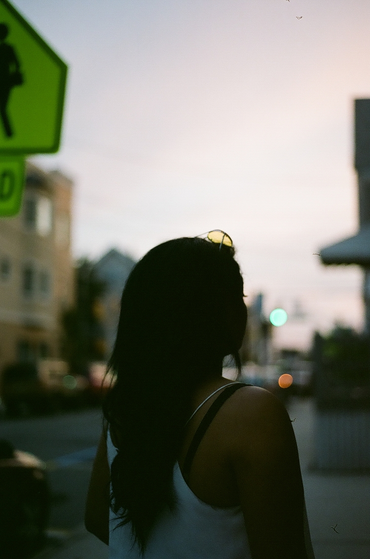 sunset bokehs - 35mm, analog, filmphotography - thefilmbruja | ello
