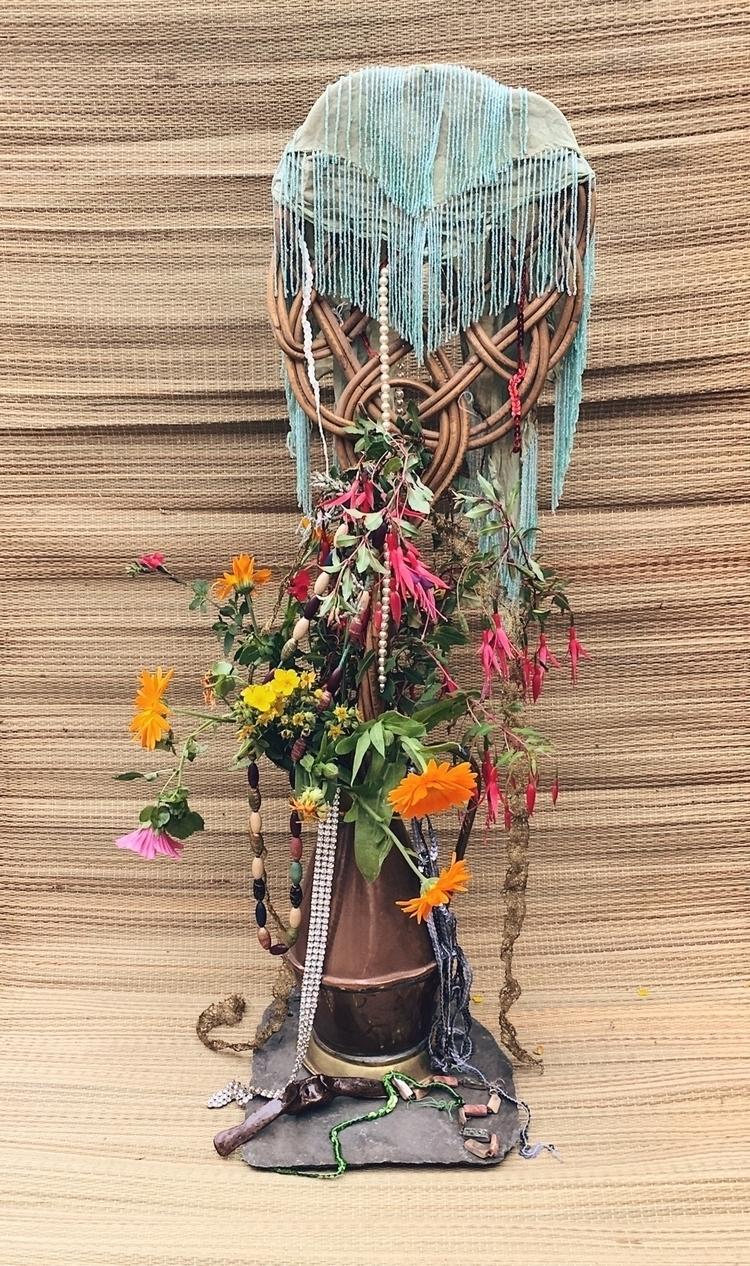 stilllife, flowers, rituals - abre_camino | ello