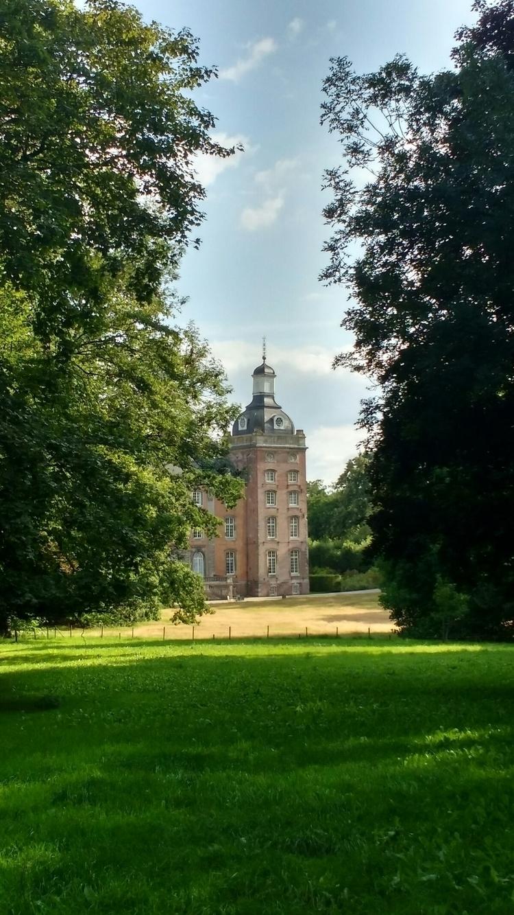 View castle Amstenrade, Netherl - woodbass   ello
