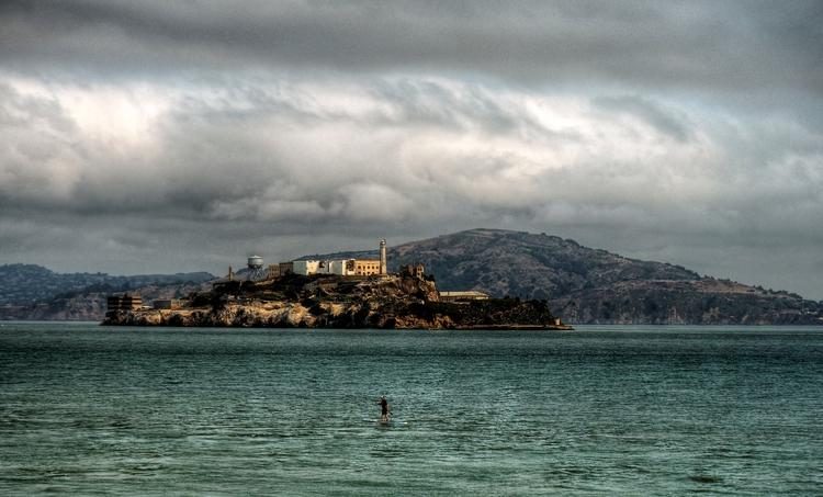 Alcatraz Paddle boarder - perso - neilhoward | ello