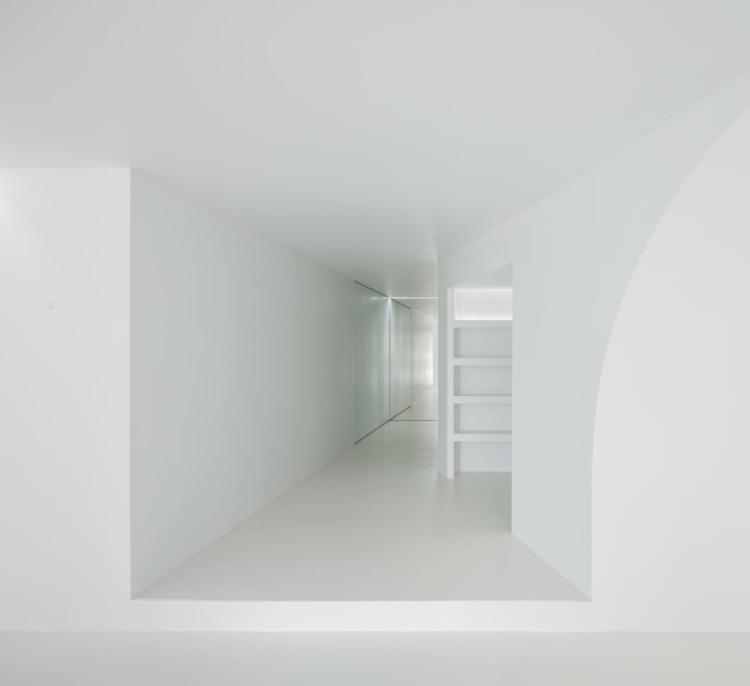 Design: Bruno Dias Jorge Piment - minimalist | ello