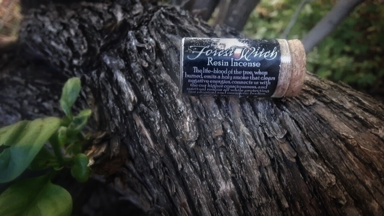 // Forest Witch Resin Incense  - thewitch | ello