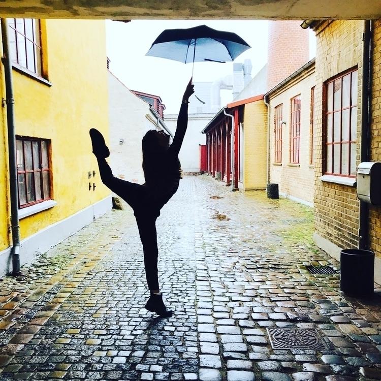 ballet, ballerina, dance, dancer - blackkat | ello