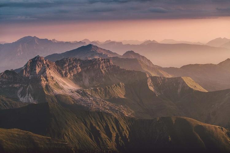 home Austria - rawmeyn | ello