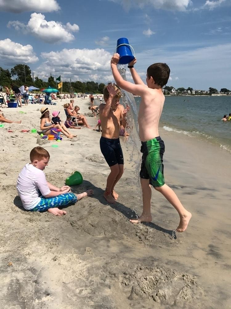 Making friends beach unmaking r - candiceflew   ello