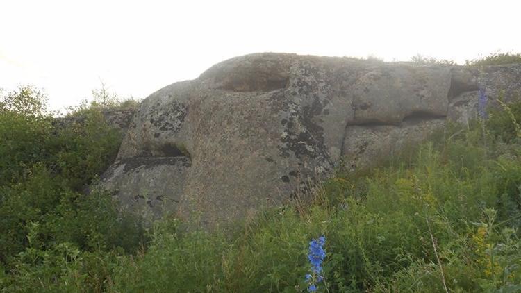 ¿Qué hacen estas milenarias roc - codigooculto | ello