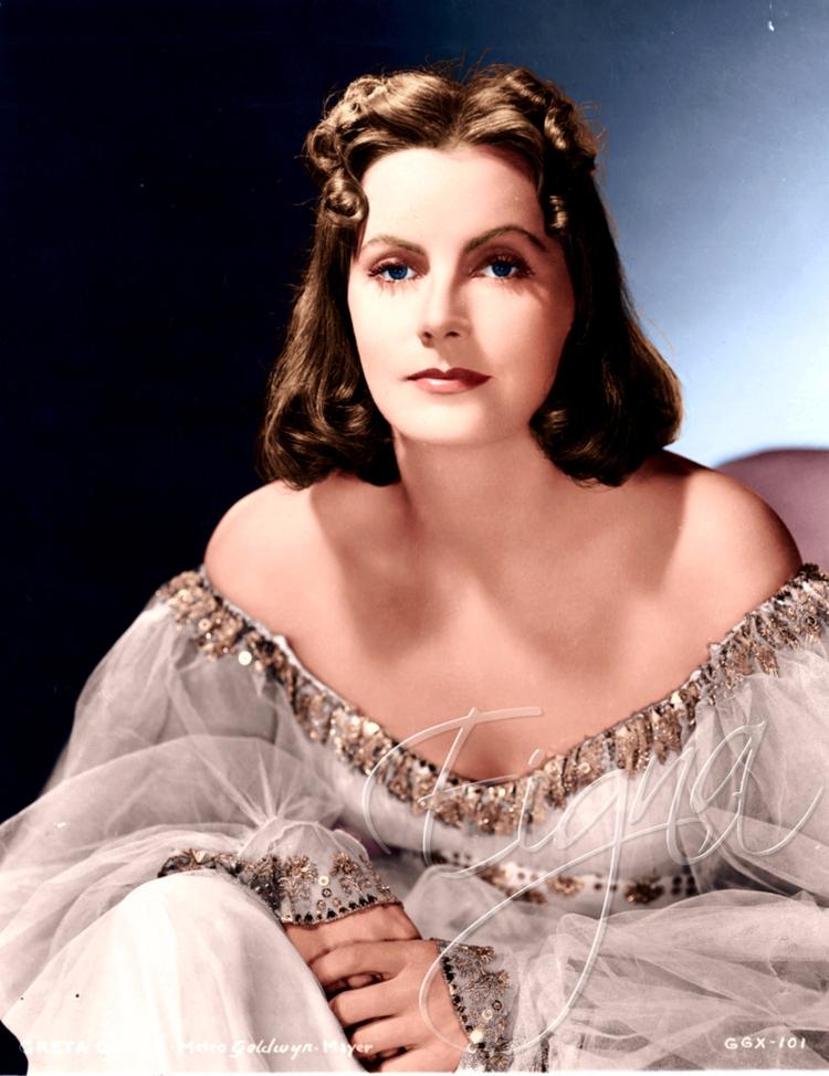 Greta Garbo Ninotchka (1939 - colormesixwaystosunday   ello